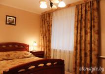 комплект для спальни из покрывала, портьер и комбинированного бленда из гобеленовых тканей.