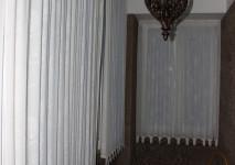 шторы на патах в прихожей