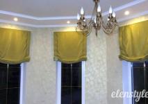 комплект коротких штор из испанского атласа на узкие окна